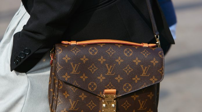 Foto bolsa Louis Vuitton de monograma para capa do post sobre a marca